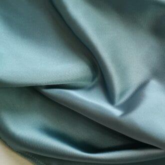 Ткань атлас голубая