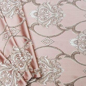Ткань атлас розового цвета