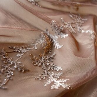 Вуаль коричневая с блестящей вышивкой