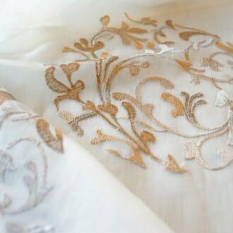 Вуаль с вышивкой золотые круги