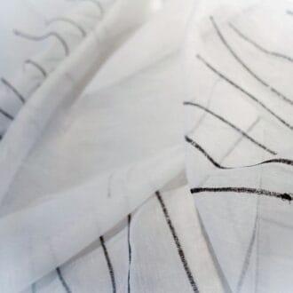 Органза с черными блестящими полосами