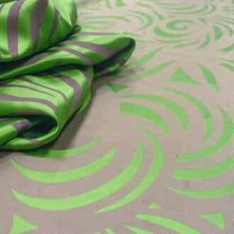 Жаккард с рисунком зеленый