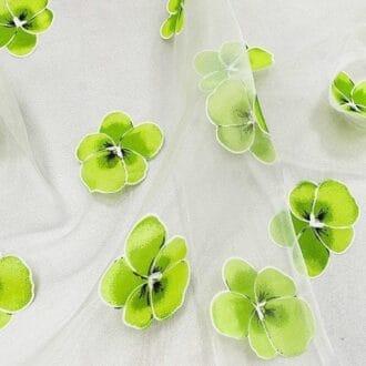 Органза с зелёными цветами
