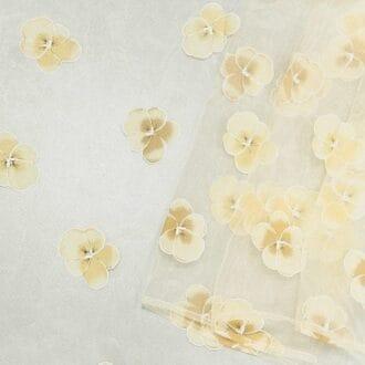 Органза с жёлтыми цветами
