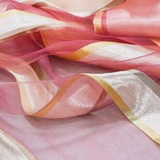 Вуаль розовая с рисунком