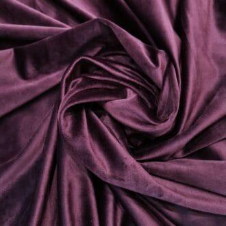 Готовые шторы из бархата фиолетового цвета