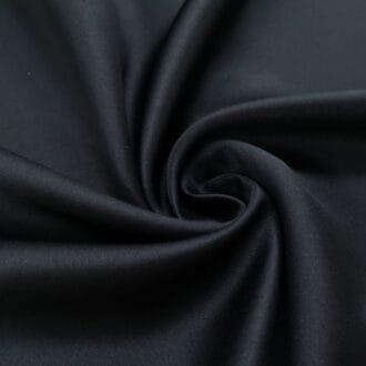 Блэкаут чёрного цвета